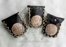 Porta objetos, em couro legítimo, ideal para colocar moedas, pen drive etc...