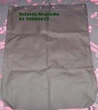 Saco de sela preto com fechamento